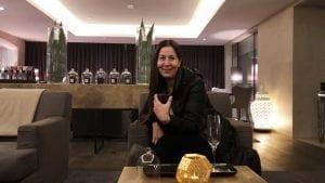 Fatima Bouloum hos Amazing Space på Hotel D'Angleterre
