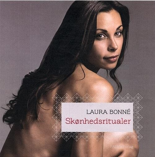 Laure Bonné på coveret af sin bog Skønhedsritualer